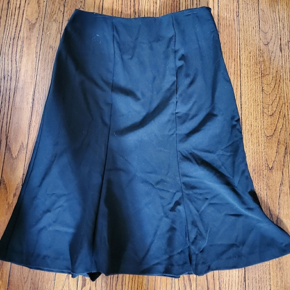 New York & Company Dresses & Skirts - Black flare bottom skirt with buttons